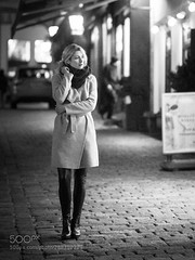 December 2018. Looking forward to 2019... All the best for you... (HoustonHVAC170) Tags: wien vienna december 2018 winter street walk woman blonde blond hair cold outdoor inner city coat georgeous capture portrait catch moment knipslicht schwatzlicht wieners photography urban flair
