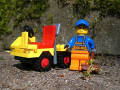 Street Cleaner (captain_joe) Tags: toy spielzeug 365toyproject lego minifigure minifig 6607 1982