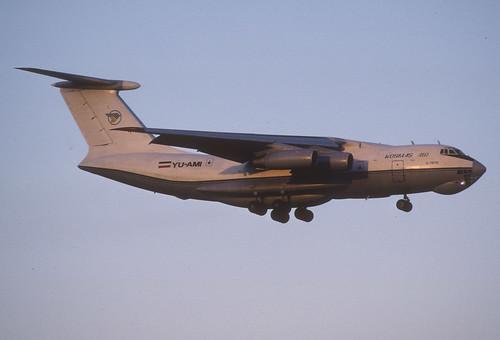 337ay - Kosmas Air Ilyushin 76TD; YU-AMI@ZRH;13.01.2005