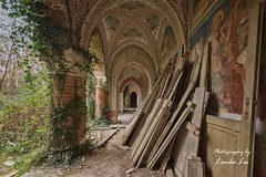 Abandoned Castle (Photography by Linda Lu) Tags: abandonedcastle castle castellorovasenda lostplacesitaly lostplace lostplaces urbex urban urbanexploring decay discarded abandoned italy urbexitaly schloss
