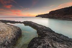 LUCES (VICENTE PLANELLS RAMON) Tags: amanecer dawn lugares con encanto faropuntamoscarter eivissa ibiza