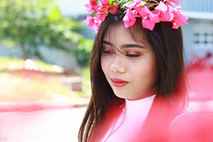 IMG_2578 (Sharmila Padilla) Tags: flowers lady canon portrait ladies balloon outside play pinkflowers pink photography street modes happy joy smile pretty sports white road makeup