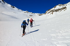 In Piano (Roveclimb) Tags: mountain montagna alps alpi vallese valais svizzera suisse sempione simplon ossola scialpinismo skitouring winter inverno snow schnee neve galehorn simplonpass engiloch sirvolte sirvoltesattel sirvoltesee