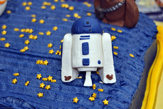 Cub Scouts Blue & Gold Ceremony Star Wars Cake 5 (rikkitikitavi) Tags: custom cake dessert vanilla chocolate buttercream fondant handsculpted handmade starwars r2d2 yoda stormtrooper chewbaca bb8 cubscout blueandgoldceremony bluegoldbanquet