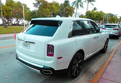 Rolls-Royce Cullinan SUV (Infinity & Beyond Photography: Kev Cook) Tags: rollsroyce cullinan suv exotic luxury car supercar miami south beach