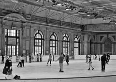 The Ice Café (@WineAlchemy1) Tags: blackandwhite neroebianco noiretblanc blancoynegro enjoyment skating theicecafé skatingrink alexandrapalace london monochrome ice action