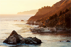 Golden Light (Sandra Lipproß) Tags: bigsur california goldenlight coast hway1 highway1 juliapfeifferburnsstatepark westcoast seascape landscape sunset