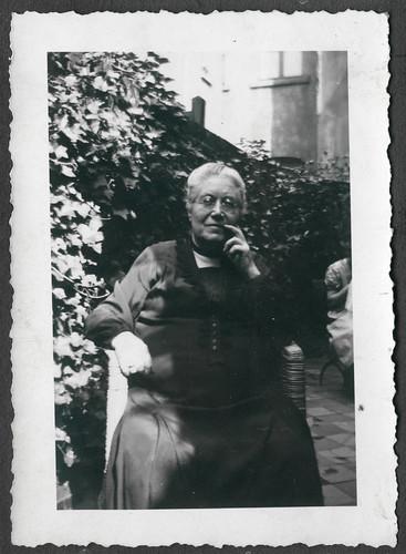 AlbumC302 Familienfoto, 1930-1950er