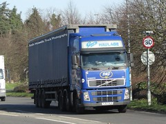 Gee's Haulage YJ57 VLX at Welshpool (Joshhowells27) Tags: lorry truck volvo fh volvofh curtainsider wakefield yj57vlx