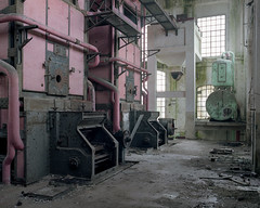 (brokenview) Tags: jahrbuch powerplant portra400 decay decayed urbanexploring urbex abandoned abandonment brokenvieworg brokenviewnet