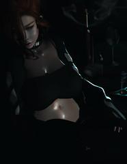 [stιᥣᥣ ᥴᥲᥒ´t sᥱᥱ thᥱ sᥙᥒ... I´m stᥙᥴk] (inworld: oomiyuoo) Tags: dark secondlife wine smoke cigarette redhead randoommatter genus redgirl sintiklia villena yukiwatanabe slink alone girl