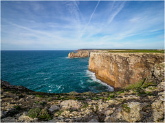 Looking north from the most south-western point of Europe (Cabo Sao Vincente / Cape Saint Vincent) (Luc V. de Zeeuw) Tags: cabosaovincente capesaintvincent cliff coast coastline ocean rock water waves sagres algarve portugal