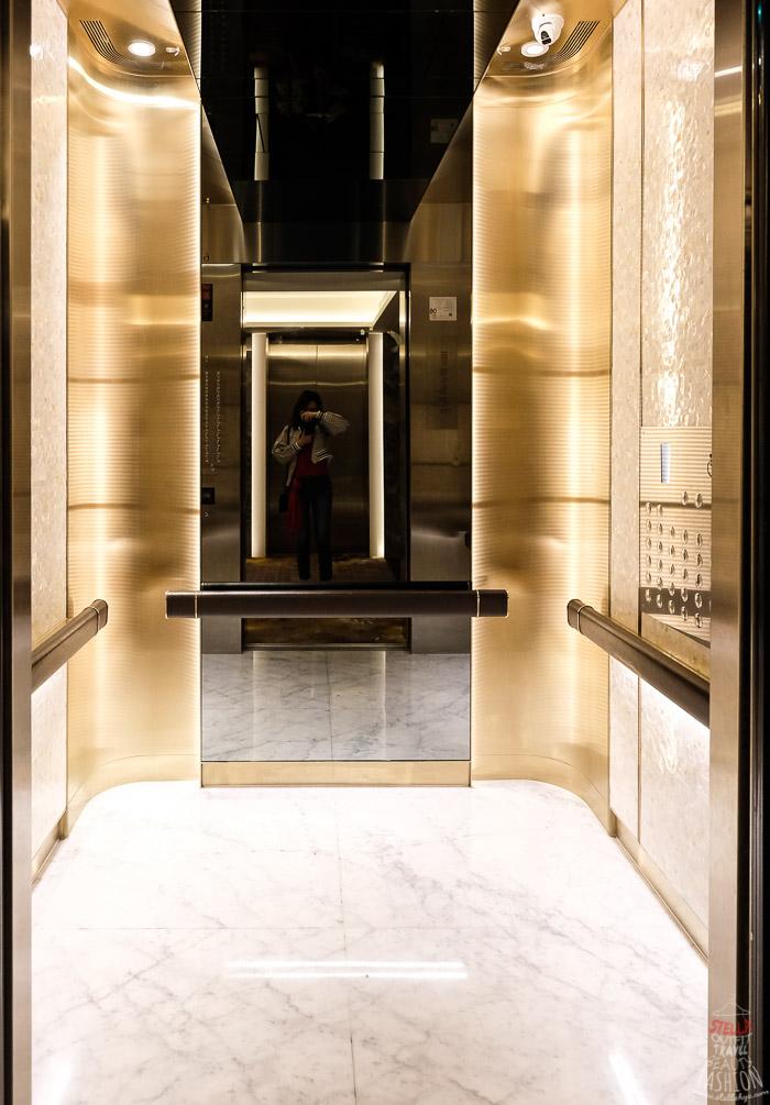 板橋凱薩大飯店電梯
