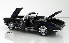 1962 Chevrolet Corvette Roadster (JCarnutz) Tags: 124scale diecast danburymint 1962 chevrolet corvette