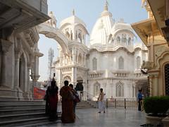 Krishna temple Balaram Mandir, 20th century. Vrindavan, India (varfolomeev) Tags: 2018 индия город церковь church india fujifilmxt10