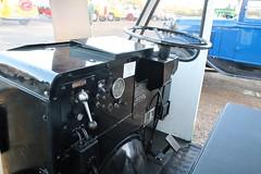 D258 HMT (3) (Nivek.Old.Gold) Tags: 1987 we vehicles electric milk float dairycrest milkmore cheffins