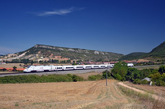 Alvia 626 @ Bujedo (Wesley van Drongelen) Tags: renfe red nacional ferrocarriles espana españa operadora ave alvia serie class type 130 s130 minipato patito bugedo bujedo trein train zug tren comboio
