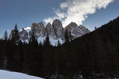 Sopra il bosco scuro (cesco.pb) Tags: dolomiten dolomiti dolomites odle valdifunes sudtirol altoadige alps alpi italia italy canon canoneos60d tamronsp1750mmf28xrdiiivcld montagna montains