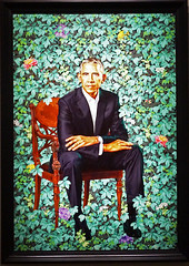 Barack Obama by Kehinde Wiley - National Portrait Gallery, Washington DC (SomePhotosTakenByMe) Tags: barackobama obama kunst art president präsident indoor museum ausstellung exhibition nationalportraitgallery usa america amerika unitedstates washington washingtondc districtofcolumbia dc stadt city downtown innenstadt porträt painting gemälde kehindewiley wiley