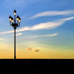 twilight (sculptorli) Tags: sunset twilight crépuscule soir nuittombante pénombre brume aubenaissante сумерки сумрак полумрак неточноепредставление периодупадка периодзаката crepuscolo ocaso 暮 黄昏 暮色 朦胧 黎明 薄暮 schemering 日落 evening 昏