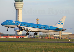 PH-EZS - KLM Cityhopper Embraer ERJ-190 (✈ Adam_Ryan ✈) Tags: dub eidw dublinairport 2019 dublinairport2019 canon 100400liiisusm 100400 6d february runway28 runway sun phezs klm cityhopper embraer erj190 dublinairportnewcontroltower landing sunrise amsterdam