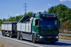 AG92190 (18.07.24, Motorvej 501, Viby J)DSC_6132_Balancer (Lav Ulv) Tags: 256449 ibfbeton mercedesbenz actros actros930 actros2548 e4 euro4 green 6x2 2008 rigid trailer driverfrank loadingcrane læssekran palfingercrane palfinger truck truckphoto truckspotter traffic trafik verkehr cabover street road strasse vej commercialvehicles erhvervskøretøjer danmark denmark dänemark danishhauliers danskefirmaer danskevognmænd vehicle køretøj aarhus lkw lastbil lastvogn camion vehicule coe danemark danimarca lorry autocarra danoise vrachtwagen motorway autobahn motorvej vibyj highway hiway autostrada
