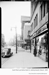 1938  South Pearl just below state looking south to Beaver with the Ritz  Movie Theater (albany group archive) Tags: 1930s old albany ny photograph picture photo vintage history historic historical arkay florist leland movie theater