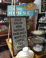 Lots of new metal kitchen items in stock! Come check them out tomorrow during our Spring Open House! #thefunkysister #farmkitchen #metalsigns #pancakesandwaffles #breakfast #eggsandbacon #openhouse #lincoln #lnk #prescottave (The Funky Sister) Tags: instagram the funky sister