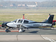 N986JT Cirrus SR22T GTS (Private Owner) (Aircaft @ Gloucestershire Airport By James) Tags: gloucestershire airport n986jt cirrus sr22t gts private owner egbj james lloyds