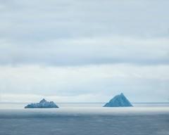 skellig islands (-liyen-) Tags: ireland skelligs countykerry skelligmichael littleskellig ocean sea tranquil serene matchpointchampion mpt682 explore