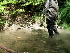 IM007183 (hymerwaders) Tags: chest waders rubber boots wathose stiefel watstiefel gloves mud muddy wet nass