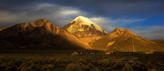 sunset in Sajama (yan08865) Tags: bolivia mountains landscapes volcano andean travel pavlis earth nature sajama altiplano chile sunset sunrise sunlight wide canon panoramic elevation