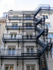 Escaliers de secours, rue René-Boulanger, Paris Xe (Yvette G.) Tags: 1mois1thème escalier paris paris10