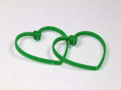 Envious Hearts (Lisa Zins) Tags: macro macromondays monday thefirstletterofmysurname tamron green heart heartshape heartshapeziptie z zipties connected together two cabletie canon lisazins craft tn tennessee march18 2019 love symbol envy envioushearts plastic fastener