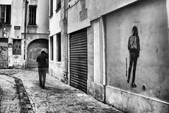 Street ghost3 (Franck gallery) Tags: street ghost paris blackwhite people personnes gens d90