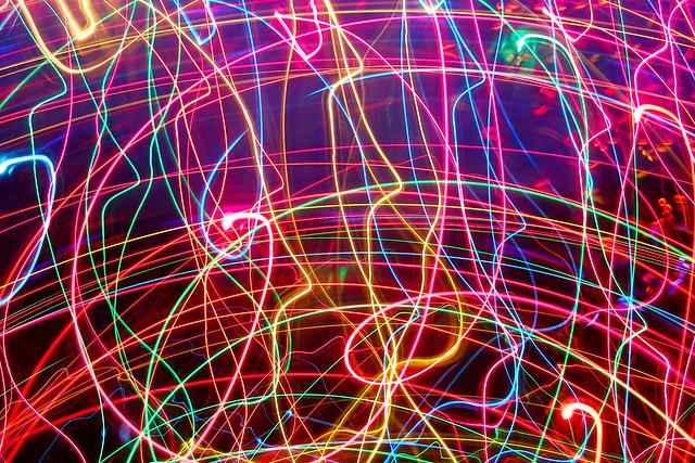 Обои неон, линии, сплетения, свет, яркий картинки на рабочий стол, фото скачать бесплатно