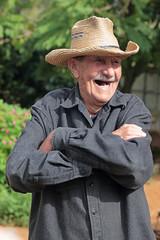 Antonio (peterkelly) Tags: digital canon 6d northamerica cuba cubalibre gadventures viñalesvalley farmwalk farmer old man hat laughing laugh laughter armscrossed