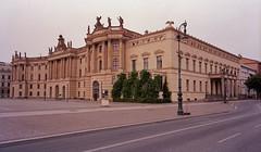 2.7 2018 Bebelplatz Altes Palais Juristische Fakultät Humboldt-Uni (rieblinga) Tags: berlin bebelplatz altes palais juristische fakultät humboldtuniversität 272018 analog fuji gsw 690 iii kodak ektar 100 c41