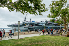 Aircraft Carrier Memorial Park (Serendigity) Tags: cv41 california navy pacificocean sandiego usa usn ussmidway unitedstates aircraftcarrier floating heritage maritime museum ocean people sea seafront shoreline waterfront unitedstatesofamerica