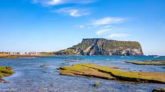 Seongsan Ilchulbong (Jeju Island, South Korea) (patuffel) Tags: seongsan ilchulbong jeju island south korea vulcano mountain sea beach blue sky volcano leica m10 summicron 28mm archetypal tuff cone