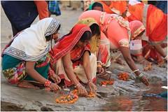 India Travel Photography: Aarti Ceremony, Nada Sadhus & burning Ghats at Varanasi 2019 Benares.051 by Hans Hendriksen (Travel Photography - Reisfotografie) Tags: india travel photography uttar pradesh north noord crowd reisfotografie reisfoto varanasi cremation ghat ghats benares banāras kashi kasi 2019 bad baden bath snan bathing people planet naked naakt naga sadhu saddhu baba nackt hindu hindus hindoe hindoes ganga gangus ganges river rivier march holy heilig sacred ceremony ceremonie religion religie nude dahues babas pelgrims pilgrimage pilgrims bedevaart menigte hindúes sagrado río aarti fire vuurceremonie burning manikarni manikarnika dead reincarnation reincarnatie afterlife