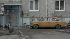 IMG_6944 (roman_bran) Tags: jupiter37a 135mm manuallens m42 canon100d siberian car vaz2101 zhiguli