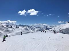 Top Of Courchevel (Marc Sayce) Tags: bluebird day spring march 2019 mountains snow snowboarding skiing ski resort three valleys trois vallées savoy savoie courchevel