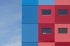 Blue, pink and red facade (Jan van der Wolf) Tags: map161163v red rood rose vumc geometric geometry geometrisch geometrie blue blauw pink amsterdam
