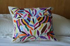 Otomi Pillow | Otomi Mexico | Otomi Fabric (Otomi Mexico) Tags: mexican textiles otomi mexico casa house arte art embroidery embroidered animal artisans fall crafts decoration pillow cover pillowcase case