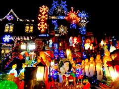 Christmas Decorations (dimaruss34) Tags: newyork brooklyn dmitriyfomenko image christmas christmasdecorations dykerheights lights building