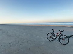 What were you doing on Monday morning? #beachrace #tryout #cycling #bicyclingnl #nofilter @bicyclingnl @alpecincycling