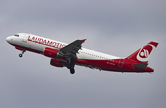OE-LOD Airbus A320-200 Laudamotion DUS 2019-03-02 (2a) (Marvin Mutz) Tags: oelod laudamotion ldm oe airbus a320200 dus eddl düsseldorf international nordrheinwestfalen germany aviation planespotting avgeek aircraft airplane aeroplane plane pilot cockpit crew passenger travel transport jet jetliner airline airliner wings engines airport runway taxiway apron clouds sky flight flying takeoff departure