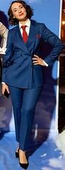 Sartor (bof352000) Tags: woman tie necktie suit shirt fashion businesswoman elegance class strict femme cravate costume chemise mode affaire