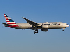 American Airlines | Boeing 777-223/ER | N793AN (MTV Aviation Photography) Tags: american airlines boeing 777223er n793an americanairlines boeing777223er aa londonheathrow heathrow lhr egll canon canon7d canon7dmkii